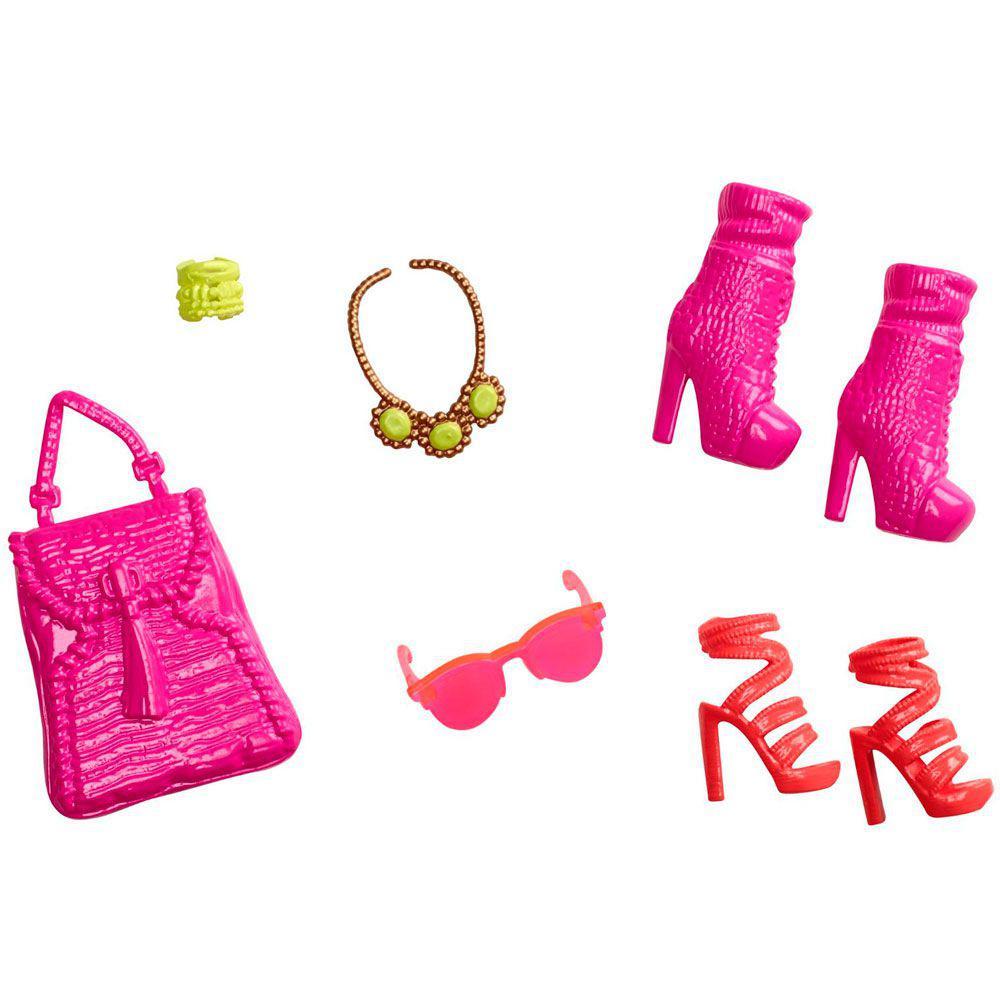 13b830420 Acessórios Barbie - Bolsas e Sapatos - Serie - 7 - Mattel Produto não  disponível