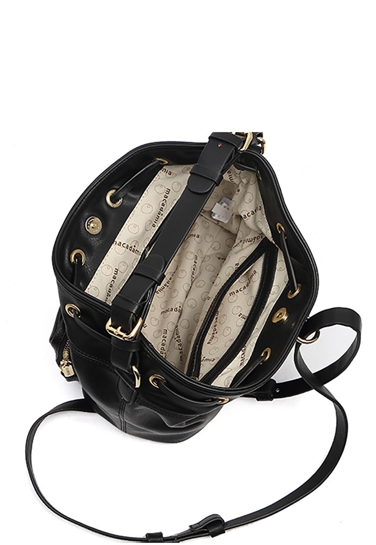 8731297aa Bolsa Saco de Costas Feminina Preta - Macadamia R$ 129,90 à vista.  Adicionar à sacola