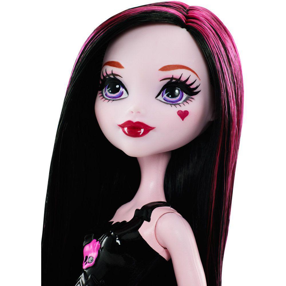 2736c704b Boneca Monster High - Líder de Torcida - Draculaura - Mattel Produto não  disponível