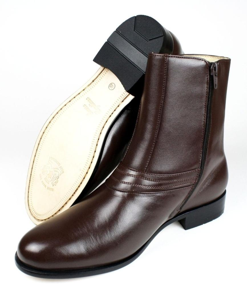 92fc6d4be9 Bota Social Masculina Couro Marrom DLutty com Zíper - Marrom - 42 - Dlutty  calçados R$ 249,60 à vista. Adicionar à sacola