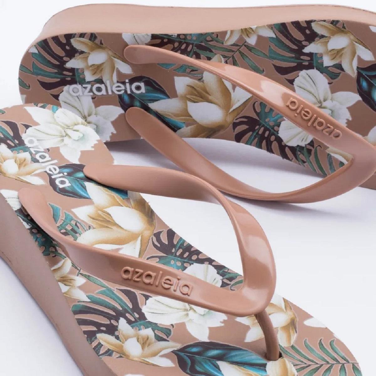 657db9cc4 Chinelo Tamanco Azaleia Tropical Feminino Anabela Capuccino Produto não  disponível