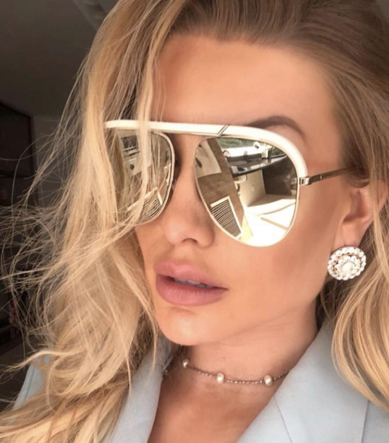 6eb5416a76 Dior Desertic 2M22K - Óculos de Sol branco R$ 1.100,00 à vista. Adicionar à  sacola