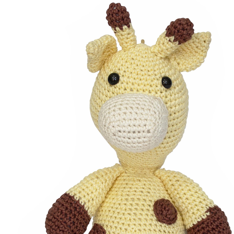 Simplesmente apaixonada por está técnica... Está é a Girafa Mel ...   1500x1500