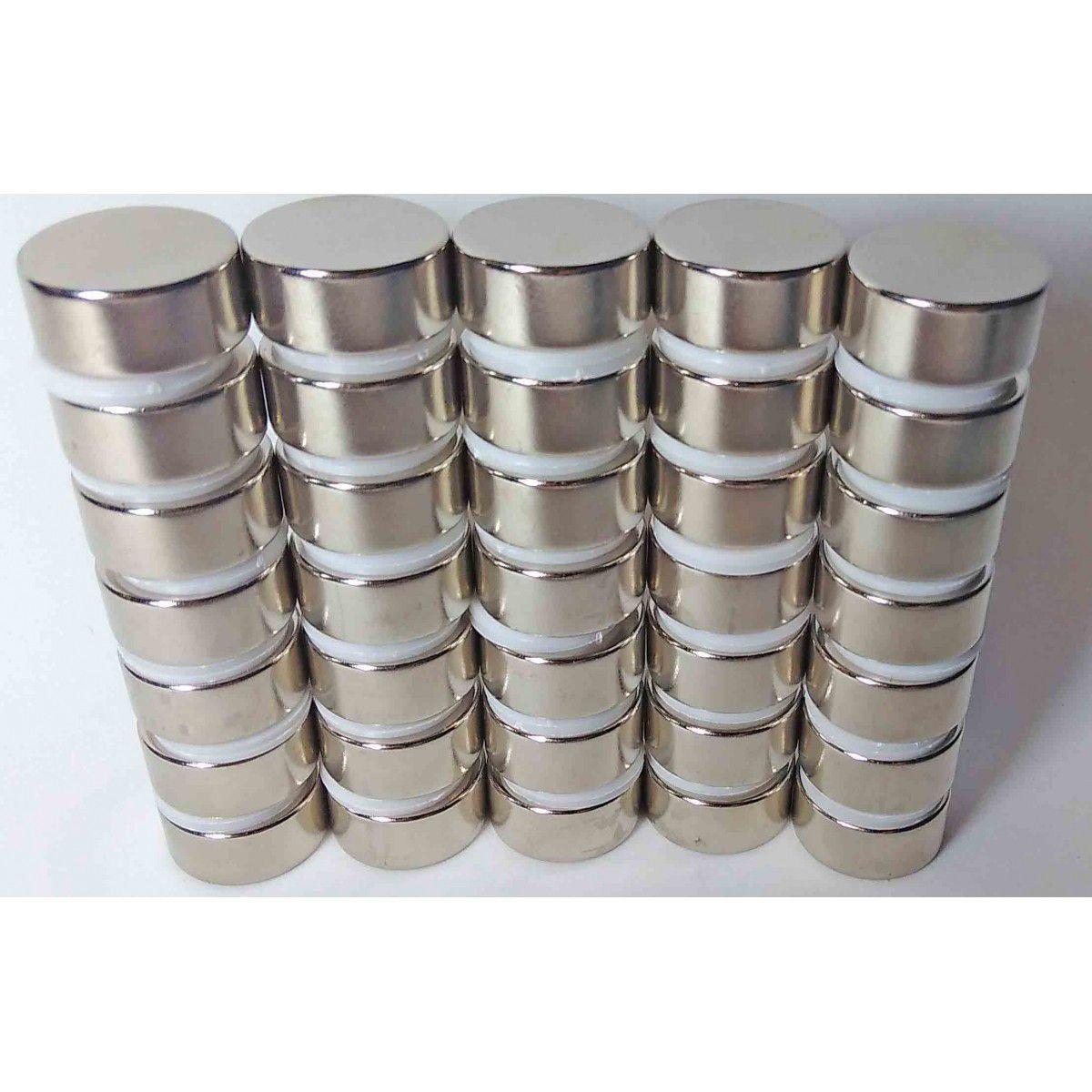 d0308728efe Imãs De Neodímio N45 - 22mm X 10mm - 4 Peças   Super Forte - Fácil negócio  importação R  129