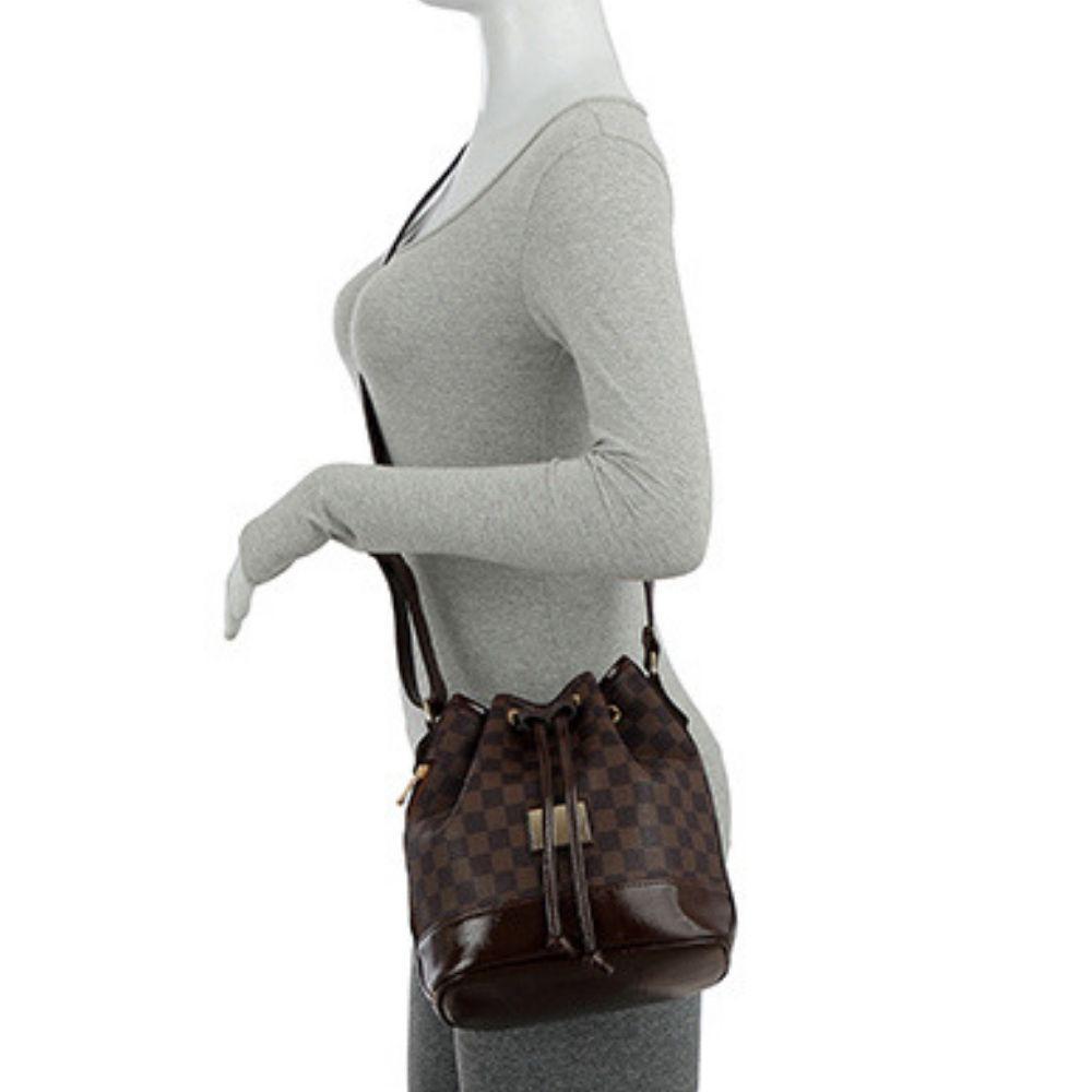 df9ea6535 Kit C/ 2 Bolsas Mochila Estampa e Bolsa Saco Transversal Estampa Xadrez -  Mevisto R$ 139,99 à vista. Adicionar à sacola