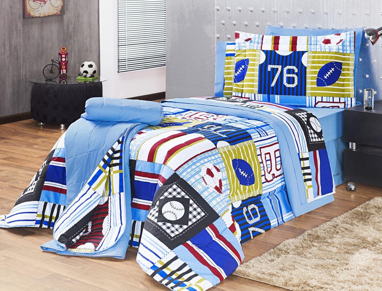 b6bf1e3e80 Kit Edredom 150 Fios Solteiro New Boys 03 Peças - Azul Motorista Futebol -  Vilela enxovais R  330