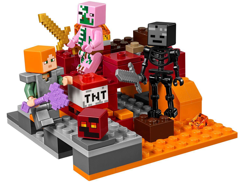 23433ad5bd89 Vídeo Imagem de LEGO Minecraft O Combate de Nether 84 Peças Imagem de LEGO  Minecraft ...