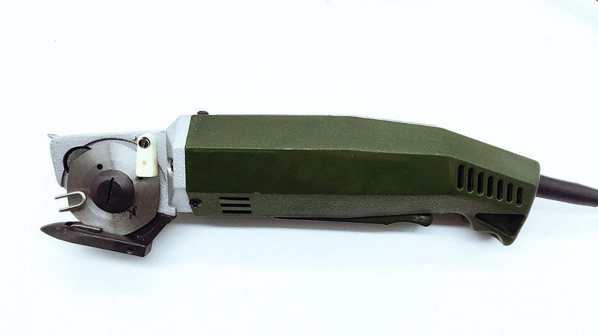 02ff33b00 Máquina de Cortar Tecidos Elétrica Potente tipo Bananinha Pelegrin PEL-50CT 2  Polegadas 60W 110V R$ 350,90 à vista. Adicionar à sacola