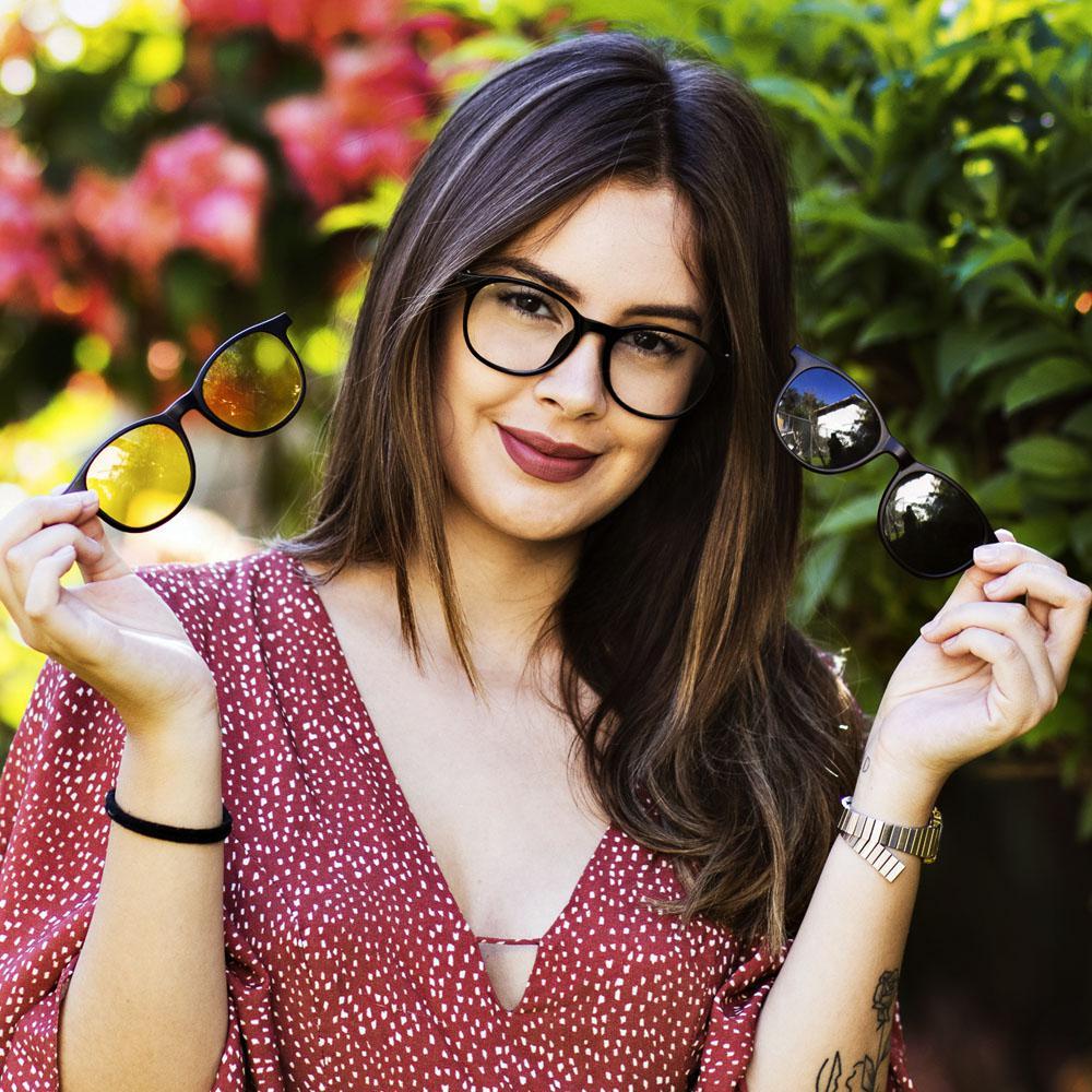 fbf584cbd0835 Oculos Armação Clipon Feminino Redondo Retro Preto Sol 216 - Isabela dias R   134