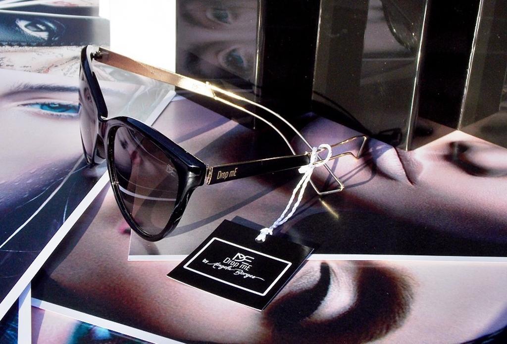 092ce135deaa9 Óculos de Sol Gatinho Drop mE Feminino Stage BY ANGELA BORGES - Drop me  acessorios R  279