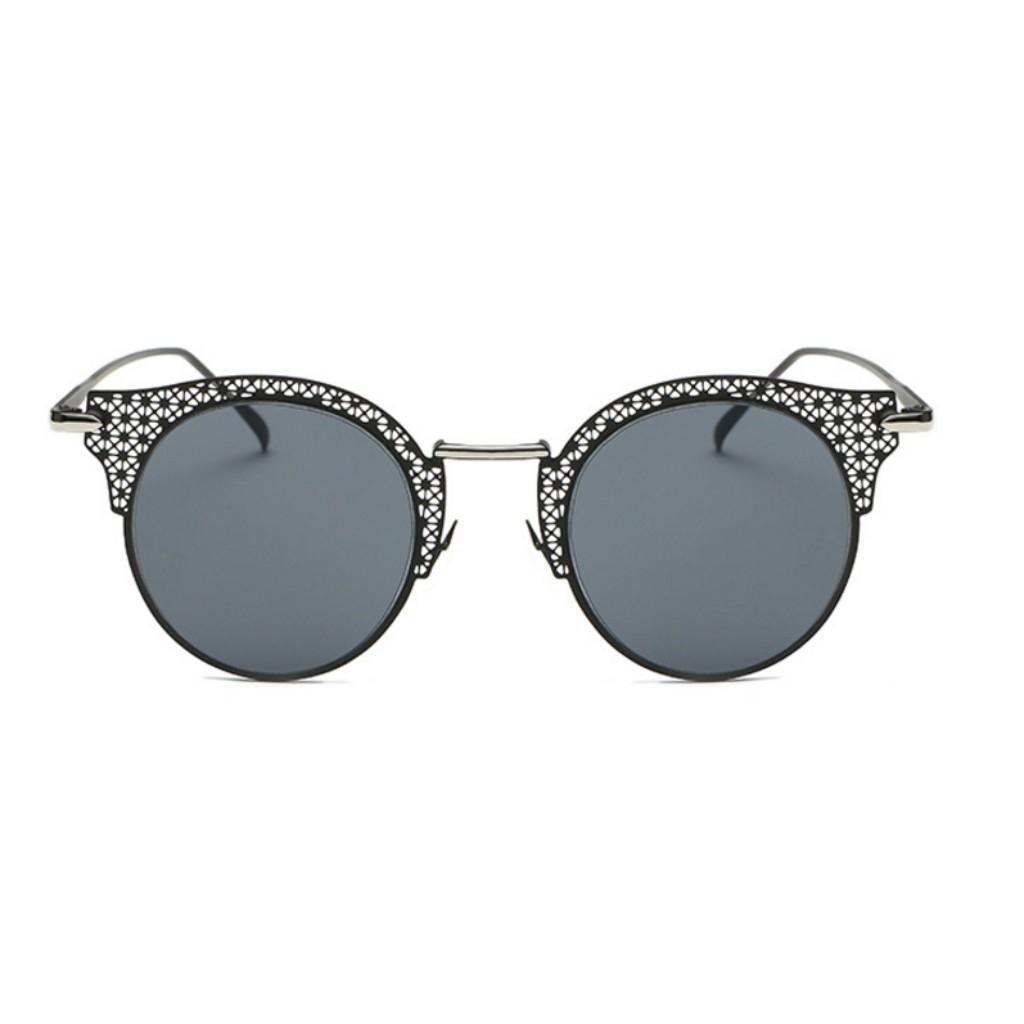 55a310d93 Óculos de Sol Gatinho Feminino Retrô Vazado Vaz Preto - Ilook R$ 59,90 à  vista. Adicionar à sacola
