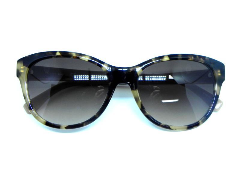 57b91f58f Oculos de sol Lacoste L 785S 218 R$ 529,19 à vista. Adicionar à sacola