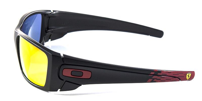 351f1fd6d68f4 Óculos de Sol Oakley Fuel Cell Ferrari OO9096 Preto Lente Rubi Iridium  Produto não disponível