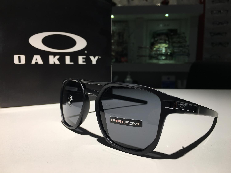 1b94fa002398f Óculos de Sol Oakley Latch Beta Matte Black Prizm Grey - Óculos de ...
