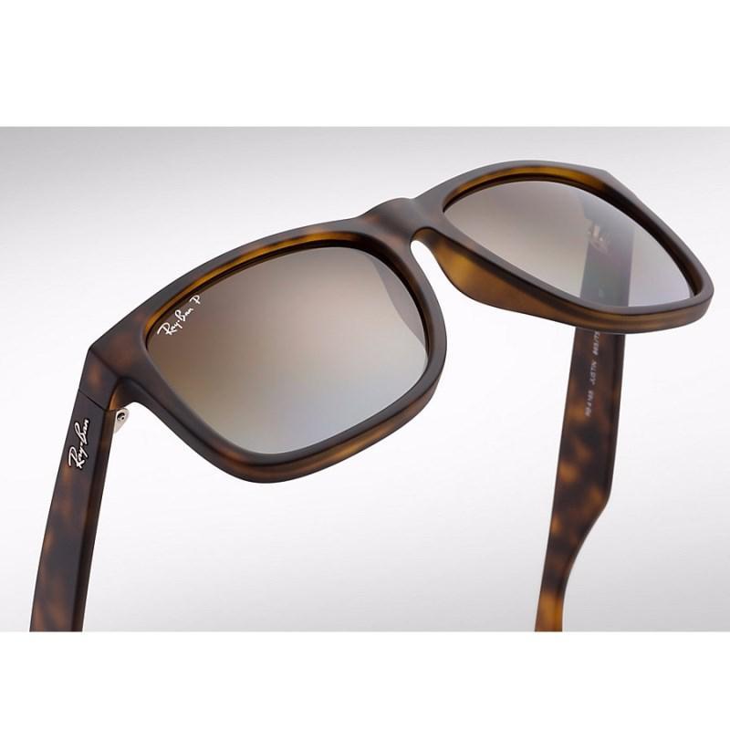 56ee02330 Óculos de Sol Ray Ban Justin RB4165L 865/T5 55 Polarizado R$ 407,15 à  vista. Adicionar à sacola