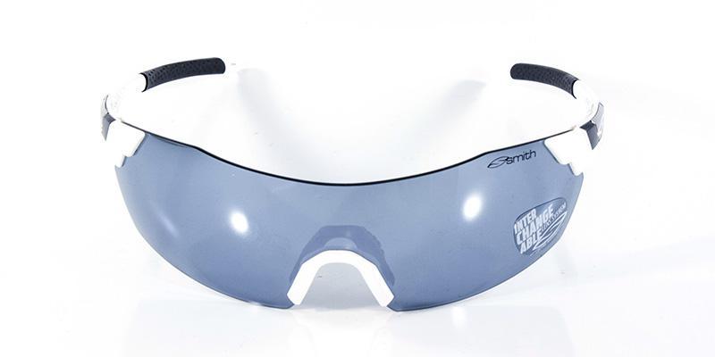 5d78f94c7db3c Óculos de Sol Smith Pivlock Branco Preto - Óculos de Sol - Magazine ...