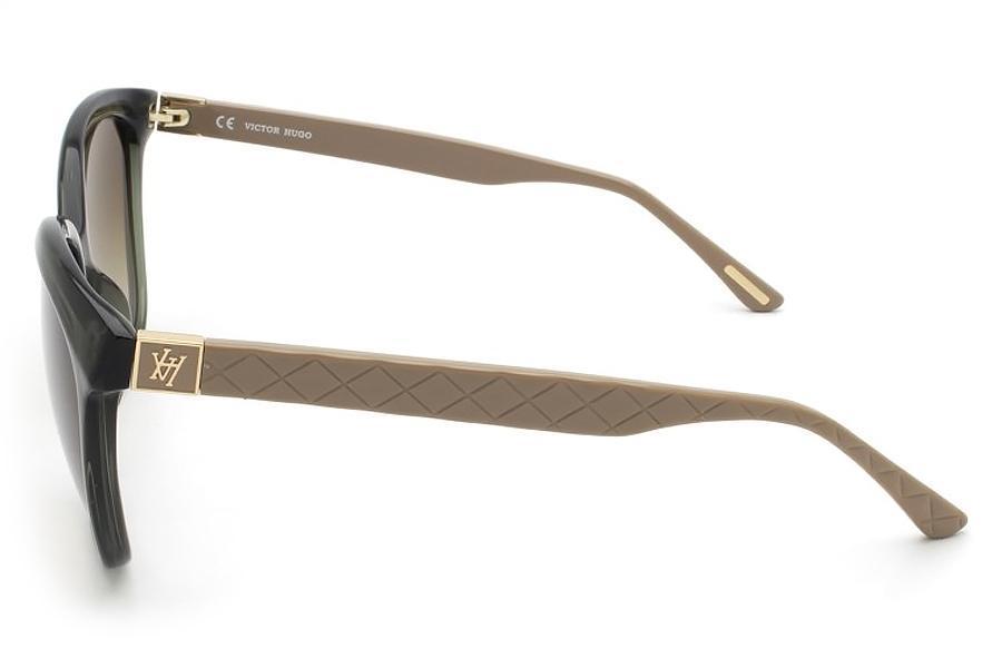 3125fb6e975bb Óculos de Sol Victor Hugo SH1713 06S8 55 Marrom R  592,50 à vista.  Adicionar à sacola