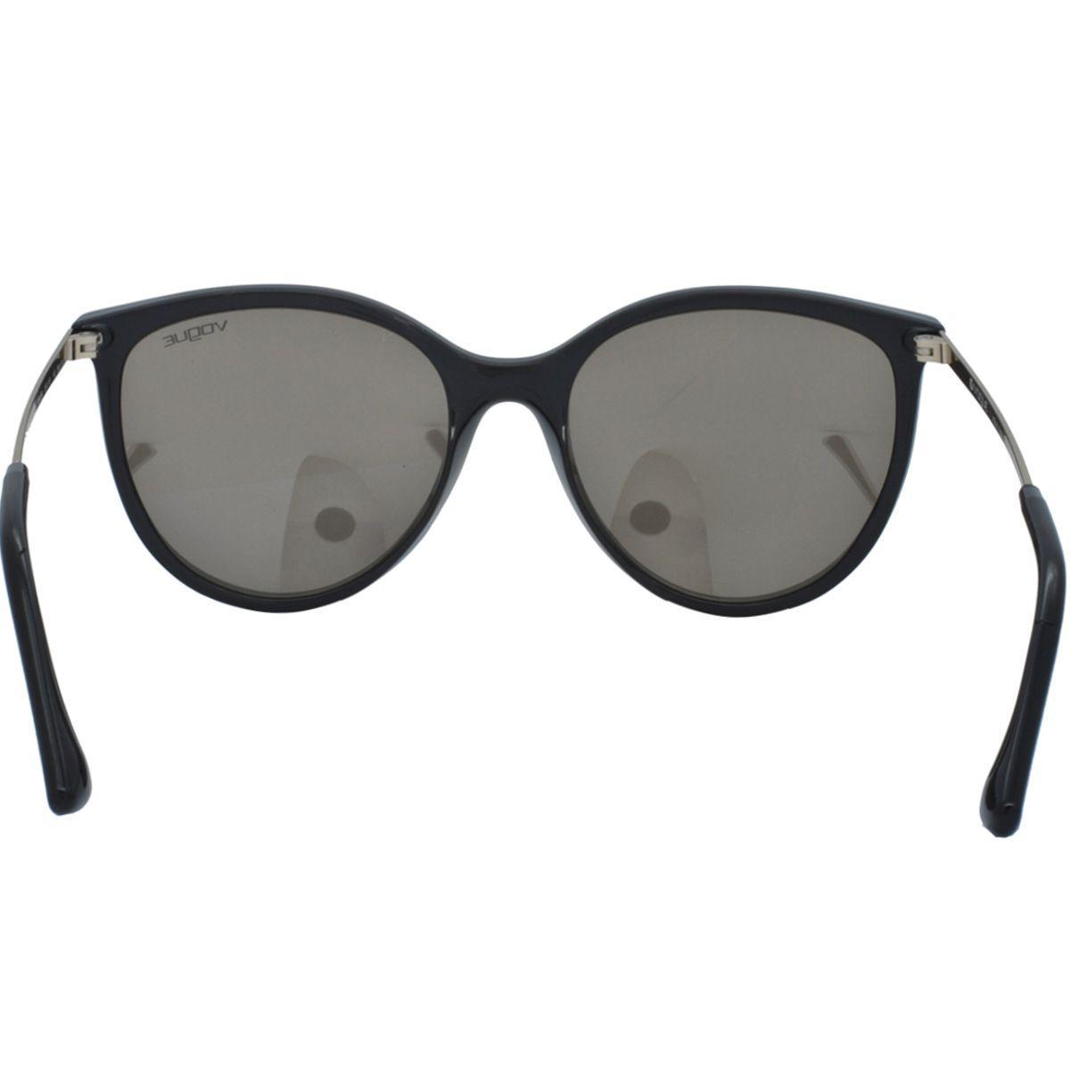 f06c0f575 Óculos de Sol Vogue Feminino VO5221SL W44/5A - Acetato Preto e Lente  Dourado Espelhado R$ 413,00 à vista. Adicionar à sacola