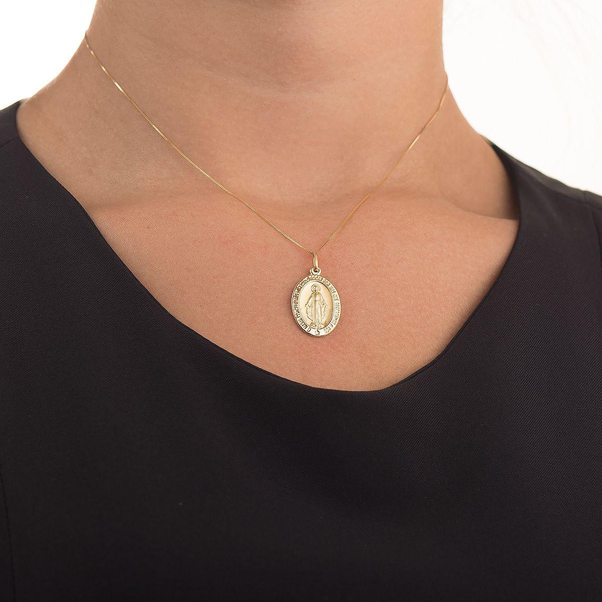 Pingente de Ouro 18k Medalha Nossa Senhora das Graças pi01471 - Joiasgold R   835,07 à vista. Adicionar à sacola 133982e6ee