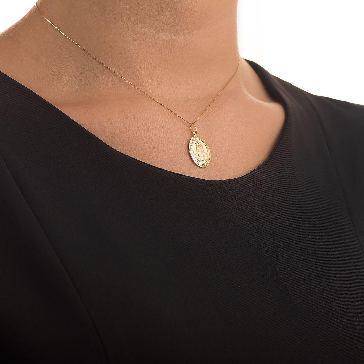 Pingente de Ouro 18k Medalha Nossa Senhora de Lourdes pi14590 - Joiasgold R   668,75 à vista. Adicionar à sacola 7ff3ca505f