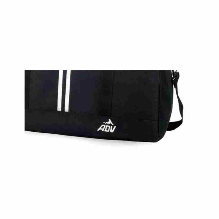 f3f64ba42 Sacola de viagem ou Academia Esportiva Adventteam Adv Preta - Luxcel malas  e mochilas R$ 69,00 à vista. Adicionar à sacola