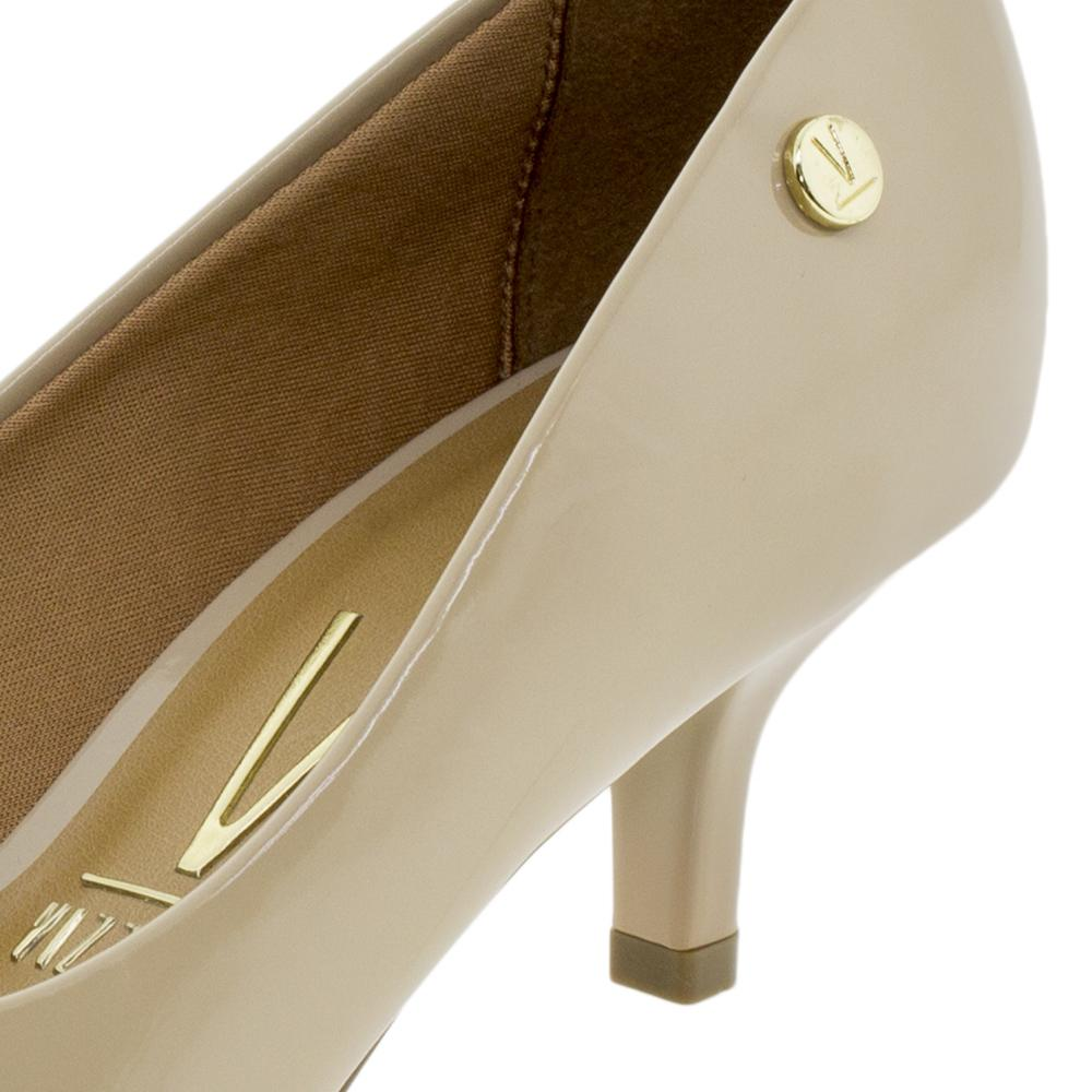 9546b22ba Sapato Feminino Scarpin Salto Baixo Vizzano - 1122628 BEGE BEGE R$ 79,99 à  vista. Adicionar à sacola
