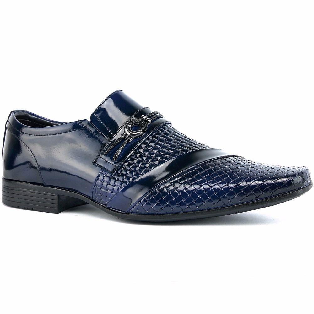 e25a8abd5 Sapato Social Masculino Em Couro Envernizado Azul Com Kit Cinto E Carteira  - Venetto R$ 129,90 à vista. Adicionar à sacola