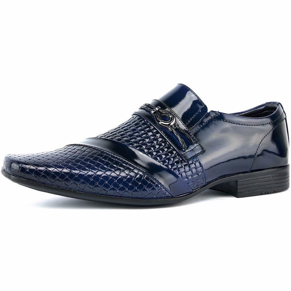 9bd5144df Sapato Social Masculino Em Couro Envernizado Azul Com Kit Cinto E Carteira  - Venetto R$ 159,90 à vista. Adicionar à sacola