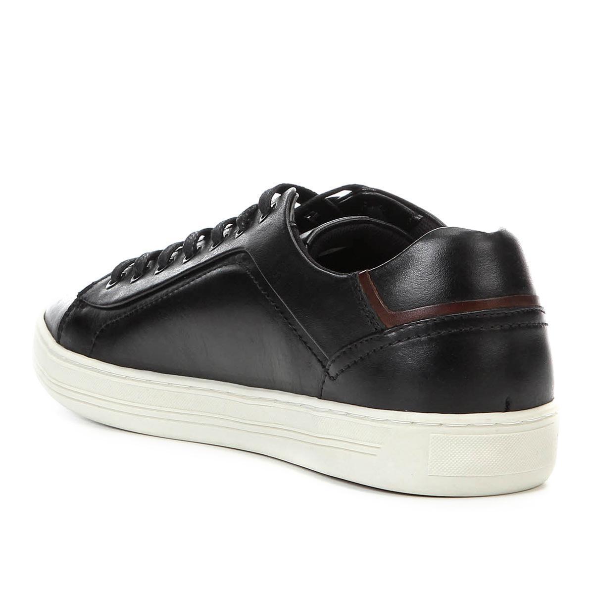 1df77ee646 Tênis Couro Shoestock Recorte Masculino R$ 199,90 à vista. Adicionar à  sacola