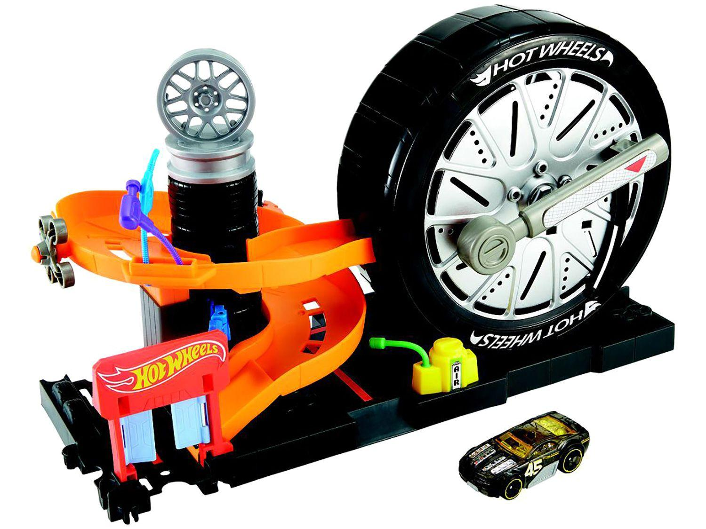 Carrinho Hot Wheels FNB15 Mattel