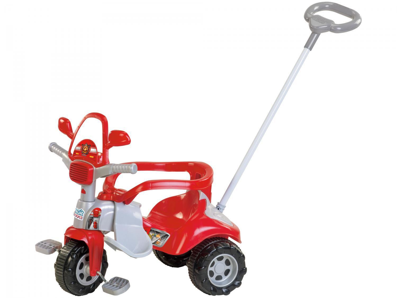 Triciclo Infantil Bombeiro Tico Tico Zoom - com Empurrador Magic Toys