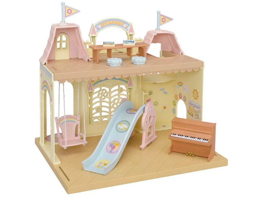 Sylvanian Families Castelo Jardim da Infância - com Acessórios Epoch Magia