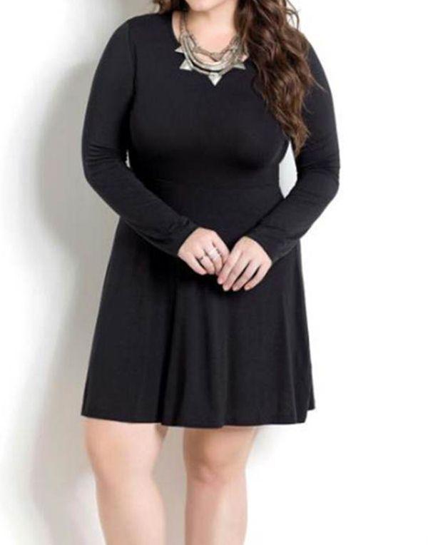 9c29bf756 Vestido Feminino Plus Size Preto Evasê - Quintess R$ 63,99 à vista.  Adicionar à sacola