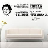 Adesivo de Parede Frase Ayrton Senna Um dia você chega lá - Preto Fosco - Bella frase