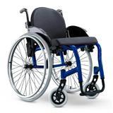Cadeira de Rodas Monobloco Star Lite Ortobras Alumínio com Encosto Rígido Hummel Anatômico Peso Leve azul caneta 45x40