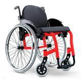 Cadeira de Rodas Monobloco Star Lite Ortobras Alumínio com Encosto Rígido Hummel Anatômico Peso Leve vermelho 42x40