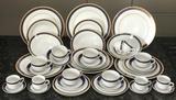 Jogo de Jantar 42 Peças Porcelana Fina 906 Class Home