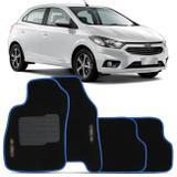 Jogo de Tapetes Carpete Chevrolet Onix 2013 a 2019 Preto com Borda Azul Emblema Grafia Bordados - Top gear