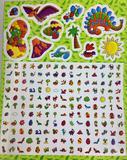 Meu mundo de cores e adesivos: Dinossauros incríveis