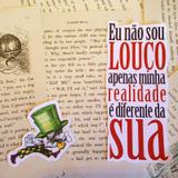 Quadro ALICE LOUCURA por Vicky Fernandez - Cuadrado