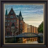 Quadro com Moldura Preta Canal de Hamburgo 70x70cm - Decore pronto