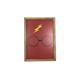 Quadro Madeira Mdf 20x20cm C/ Moldura e Acab. Oculos Harry - Maisaz