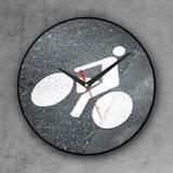 Relógio de parede decorativo, criativo e descolado   Bicicleta no asfalto - Colours  creative photo decor