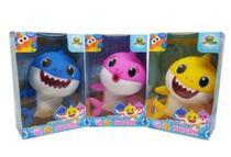 3 Bonecos Baby Shark 20cm Musical Com Luz - Brinquedo