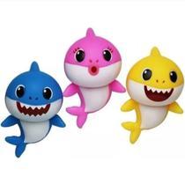 3 Bonecos Baby Shark Vinil 17Cm Musical com Luz -