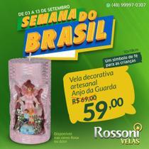 Anjo da Guarda em resina na vela decorativa entalhada- Rossoni Velas- 10x18cm Rosa -