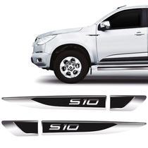 Aplique Lateral S10 Chevrolet Emblema Cromado Resinado - Par - Sportinox