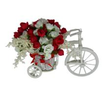 Arranjo bicicleta branca com laço vermelho e mini rosas branca e vermelha - Darc Flores E Arranjos