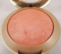 Baked Powder Blush  Milani -
