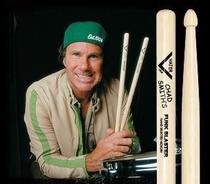 Baqueta Vater Signature Chad Smith VHCHADW (Padrão 5B) Funk Blaster Made in USA -